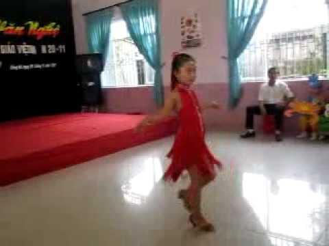 Khieu Vu Chachacha Truong TH va THCS Trung Vuong