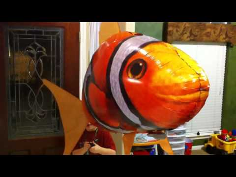 Air Swimmers Clown Fish In Action - Reagans Toy Review