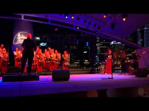 "L.O.V.E.: 2013 Esplanade ""Celebrate December"" Angklung Concert"