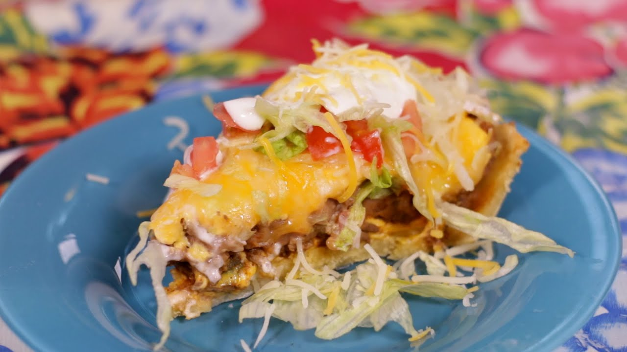 Easy taco pie recipe youtube easy taco pie recipe forumfinder Choice Image