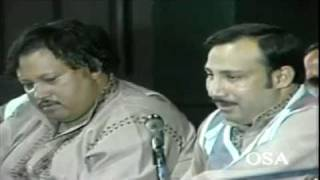 Ustad Nusrat Fateh Ali Khan - Kande Utte Mehrman Way Main Tay Kade Di Khari [Live Version]