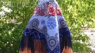 Pavlovo Posad Shawl Troubadour  Scarf Scarves Headscarf платки(, 2010-08-19T09:13:44.000Z)