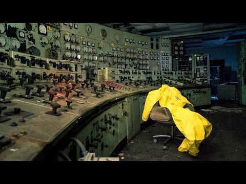 Exploring an Abandoned Power Plant with Crazy Control Room