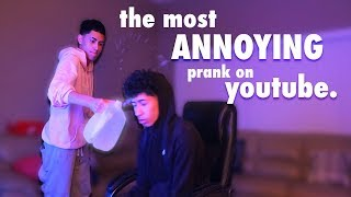 PRANKED MY BROTHER WHILE PLAYING FORTNITE 😈