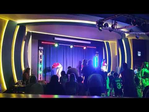 Baby Shark Party Dance - Burnham On Sea Haven 2019 - YouTube