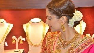 Actress Sonam Kapoor @ Kalyan Jewellers Chennai