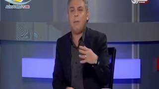 Download Video رئيس الإذاعة المصري يمنع أذان الشيخ النقشبندي لأنه  أعجمي  ومش بيعرف ينطق حرف الشين MP3 3GP MP4