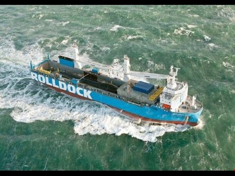 Tàu Ngầm Kilo thứ 5 Việt Nam đón năm mới trên biển