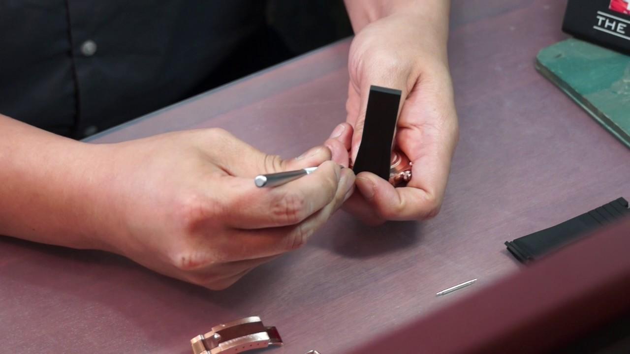 Rubber B 瑞士製造 優質膠帶 利時錶行代理 - YouTube