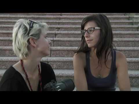 Trailer do filme Nós Duas Descendo a Escada
