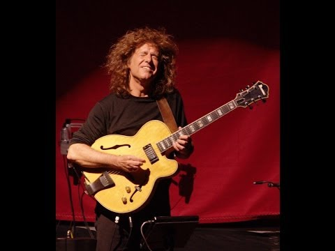 Pat Metheny phrase #3 | Jazz Guitar Lesson