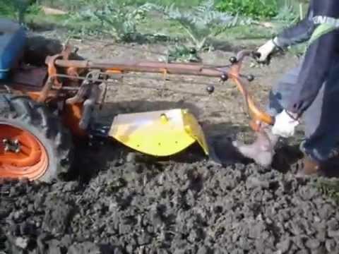 Aratura orto con motocoltivatore pasquali doovi for Trincia zanon prezzi
