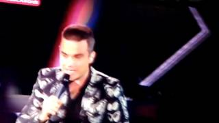 Party Like A Russian - Robbie Williams (Los40MusicAwards)
