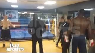 Wilder beats up Zelenoff in gym