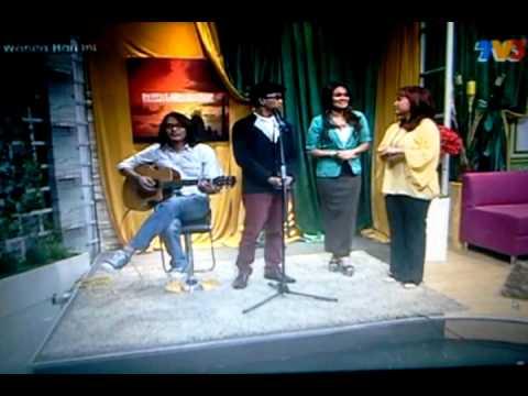 kerana kamu by ezad lazim feat alin di WHI TV3