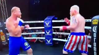 Боксерский поединок без перчаток закончился одним ударом