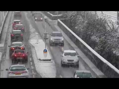 Storm Caroline: Heavy Snowfall hits North London