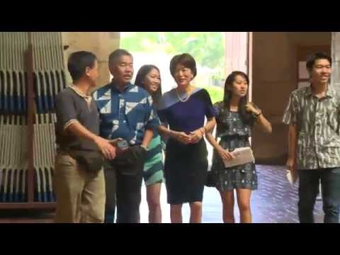 David Ige and family voting at Honolulu Hale
