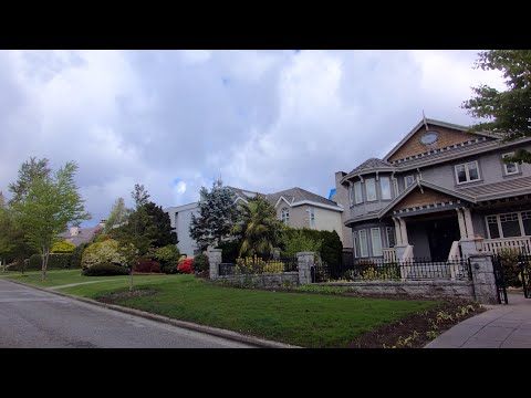 Exploring Vancouver BC Canada. West Side - Wealthy Shaughnessy Area. W40 Ave, Hudson, Osler Street.