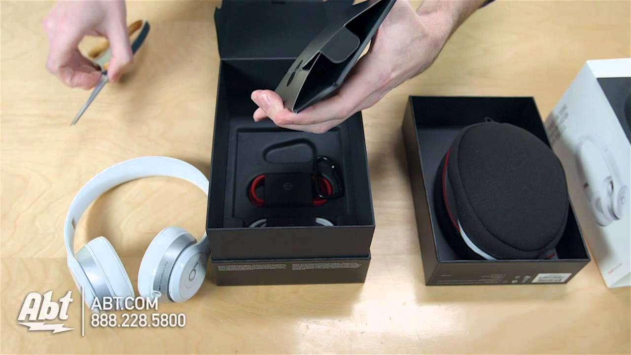 Unboxing Beats By Dr Dre Solo2 On Ear Wireless Headphones Youtube