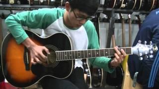 salah satu gitaris terbaik di indonesia saat ini menurut saya..:)