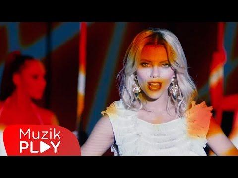 Kendi - Aşka Inanmaz ( Official Video )