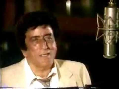 TONY BENNETT / HENRY MANCINI - Life In A Looking Glass  (Live)