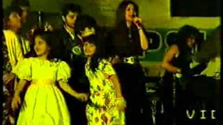 HQ Nazia Hassan and Zoheb Hassan   Disco Deewane Live 360p