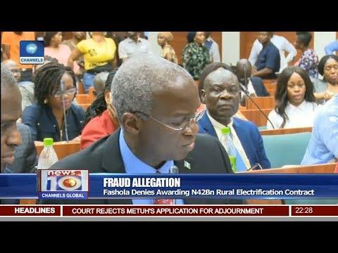 Fashola Denies Awarding N42Bn Rural Electrification Contract