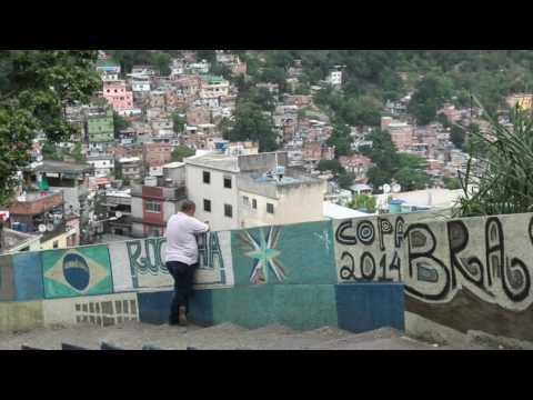 Addressing Brazil's favelas | Post delivery | what3words | Portuguese subtitles