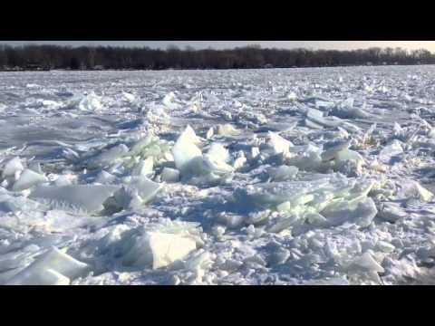 St Clair River ice jam