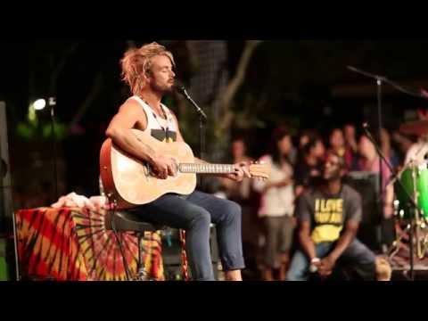 """XAVIER RUDD """"Spirit Bird"""" - Closing 2014 Bali Spirit Festival with much LOVE"""