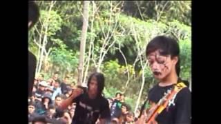 Batu Nisan Live at Babalan Pekalongan formasi 2010