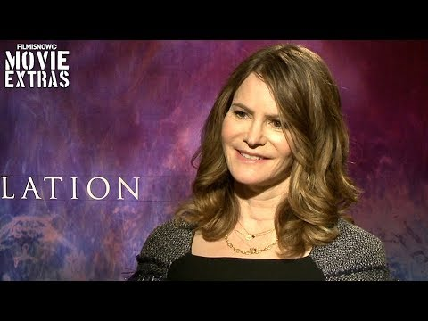 Annihilation (2018) Jennifer Jason Leigh talks about her experience making the movie