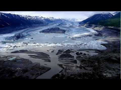 Spectacular helicopter flight over Lowell Glacier and the Alsek River in Kluane National Park