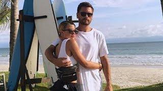 Scott Disick y Sofia Richie Se Besan en México Durante Vacaciones