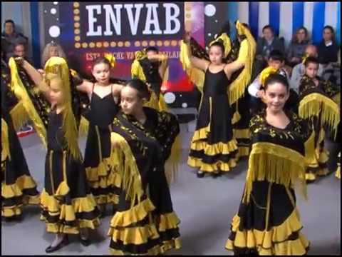 A Bailar Sevillanas con la Escuela de Sara Vega