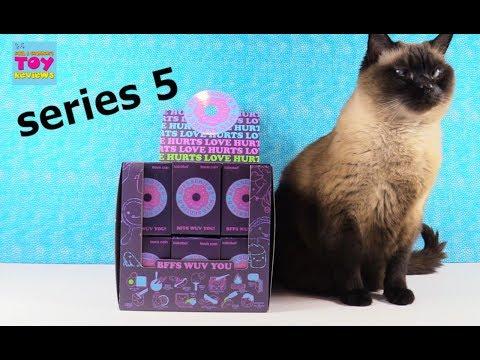 BFFS Kidrobot Series 5 Love Hurts Vinyl Figure Unboxing Toy Review   PSToyReviews