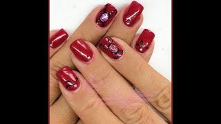Nail Art - Monocolore rosso con gioiello (Ricostruzione) Thumbnail