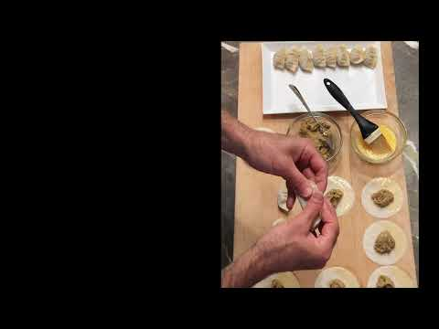 How to make chicken potstickers