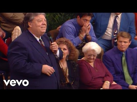 Bill & Gloria Gaither - He Saw Me [Live] ft. Murrell Ewing