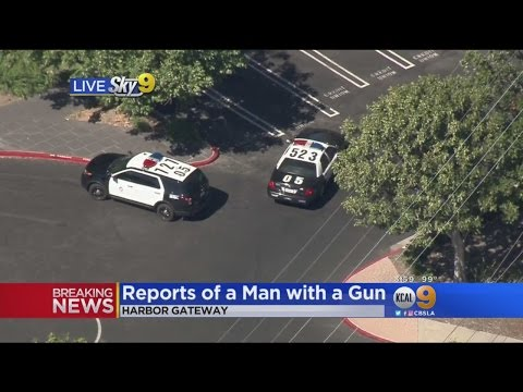 Police, SWAT Respond To Man With A Gun Call In Harbor Gateway