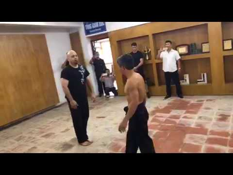 Võ Sư Đoàn Bảo Châu đấu Pierre Francois Flores