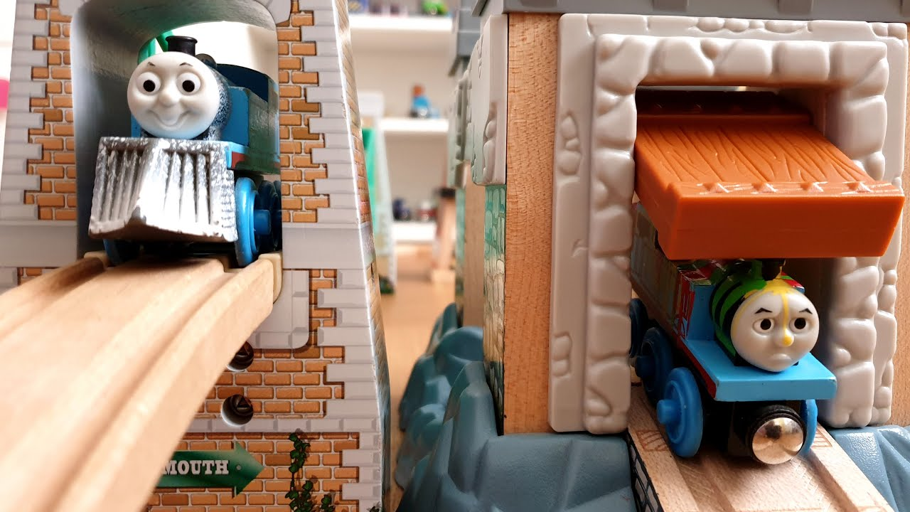 Wooden Train Track Brio and Thomas and Friends Trains with many buildings and bridges Video for Kids