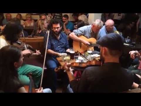 O'Connor's Pub Doolin -  Sunday afternoon session