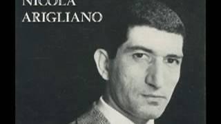 Nicola Arigliano canta A tazza e cafè