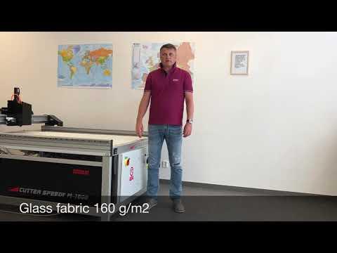 Řezání skelné a uhlíkové tkaniny na CNC