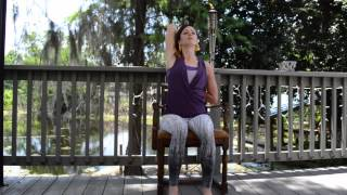 Baixar Five Minute Chair Yoga Sequence with Cara Edwards