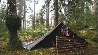 Overnight Wild Camp In the Rain - Bushcraft Canvas Poncho Shelter - Reindeer Stew