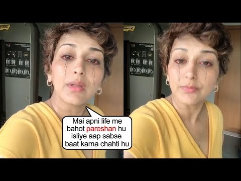 Sonali Bendre Breaks Down Into TEAR$ While Sharing Her Pr0blems With Fans On Her Live Video